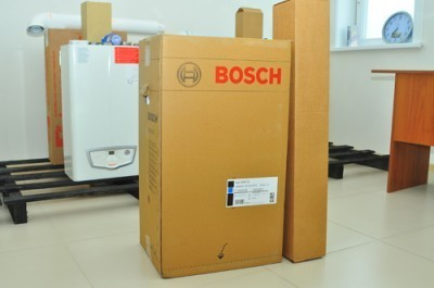 Все оборудование Бош тщательно упаковано и к нему предоставляется подробная инструкция на русском языке