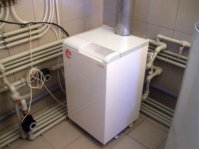 Готовый установленный в доме газовый котел