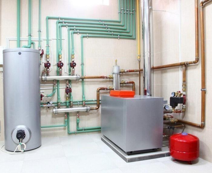 Смонтированная система отопления дома