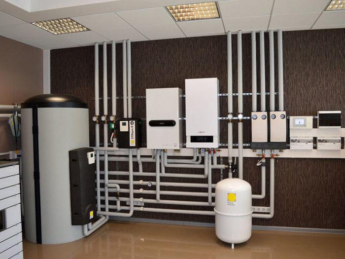 Подключенная система отопления дома